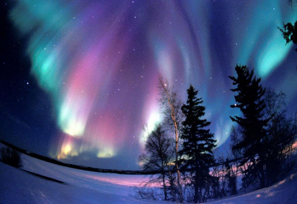 northern-lights-aurora-borealis-purples-pinks-blues